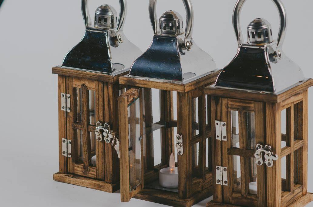 wood-steel-lantern-small-1