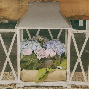 White wood Lantern 2 door