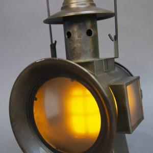 Railroad Lantern avec flame a piles (1)