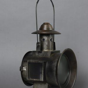 Railroad Lantern avec flame a piles (3)