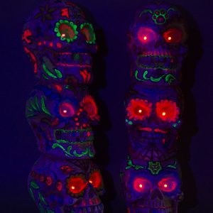 Skull x3 UV tower BLK (2)
